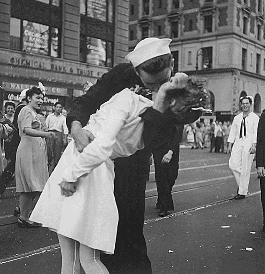 Glenn Edward McDuffie - Marinheiro da célebra foto do beijo em NY morre aos 95 anos