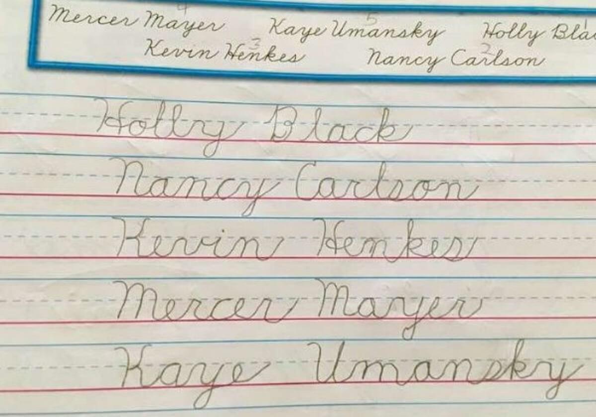 caligrafia2 - Menina de 10 anos que não possui mãos ganha competição de caligrafia