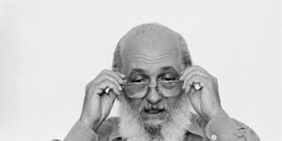 """images - """"É preciso que a leitura seja um ato de amor."""" Conheça 15 frases importantes de Paulo Freire"""