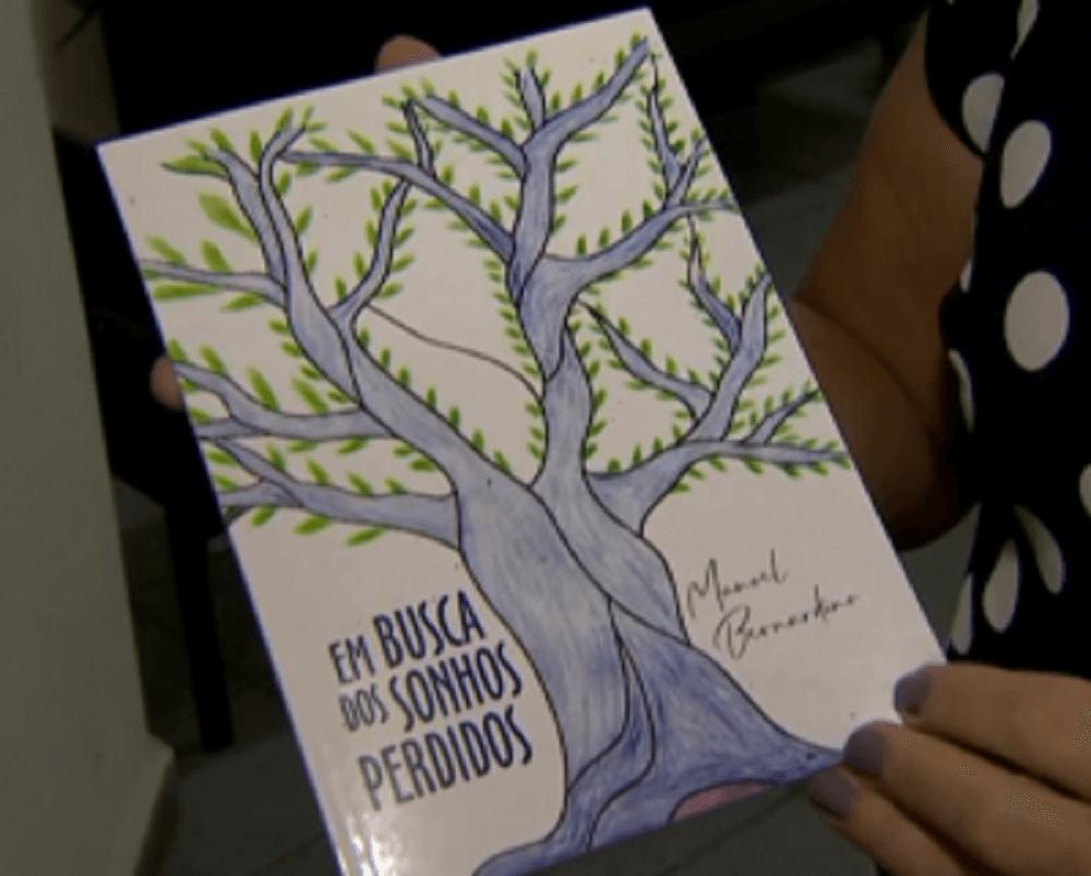 10 300x241 - Lança livro de poesia em MG, idoso que se formou no ensino médio aos 91 anos