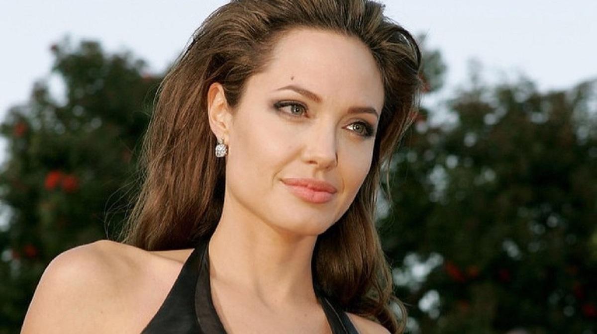 angelina jolie - Angelina Jolie doa R$ 5 milhões para manutenção de merenda escolar durante quarentena