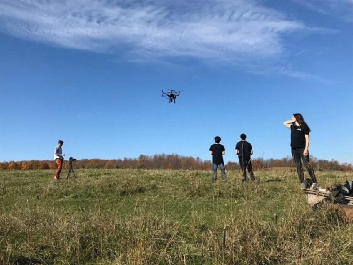 drones canadá plantio 40 mil arvores por mes 4 1 560x420 1 - Drones são recrutados para plantar mais de 40 mil árvores em região incendiada