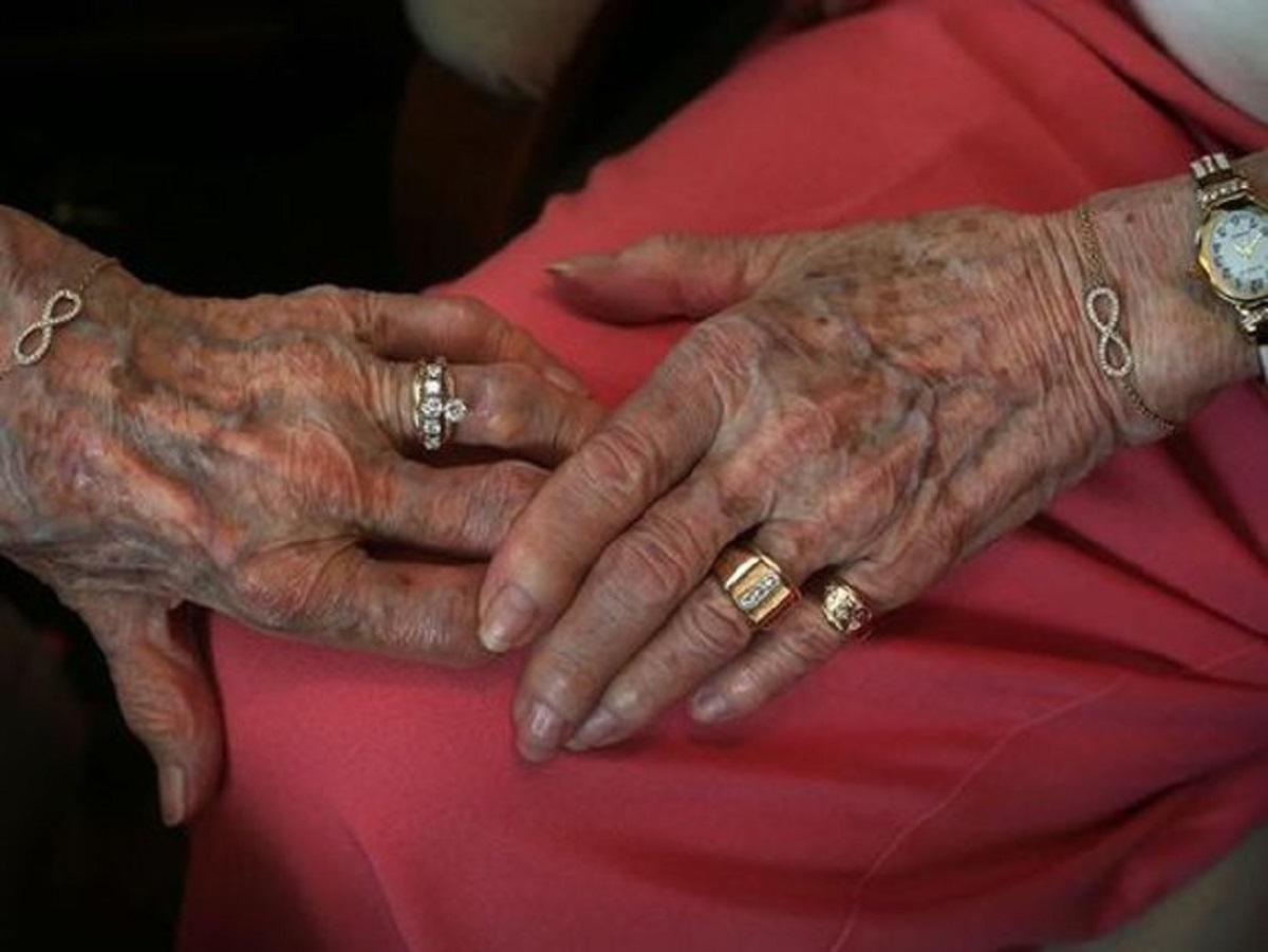 casamento homossexual2 - Depois de 72 anos de namoro, elas finalmente puderam se casar!