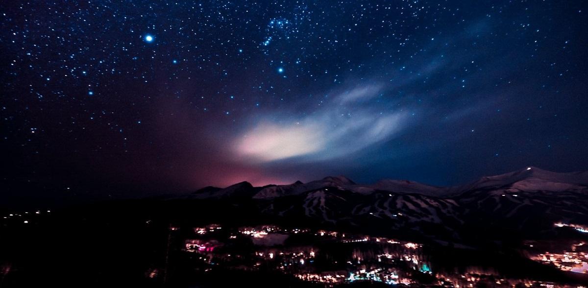 night sky public domain joe yates - 'Estrela de Natal' rara chegará em dezembro pela primeira vez em 800 anos